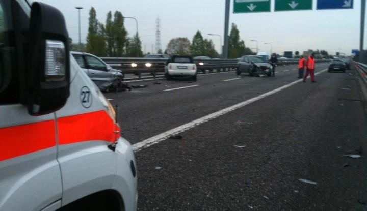 Incidente Stradale in Tangenziale Est a Vimercate.