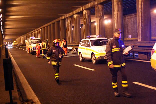 Incidente in tangenziale est a Vimercate, oltre 30 veicoli coinvolti,