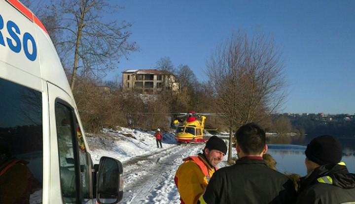 soccorso persona in acqua in località Vecchio Lavatoio a Trezzo Sull'Adda.