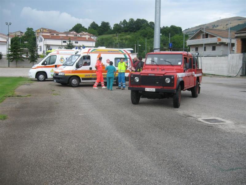 Elicottero E Ambulanza : Trasferimento protetto di paziente pediatrico intubato con