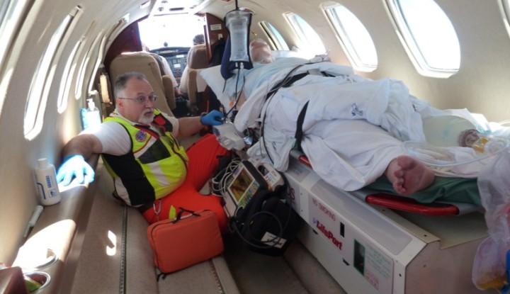 Air_AmbulanceService_Flying_Team_BusnagoSoccorso_8giu11