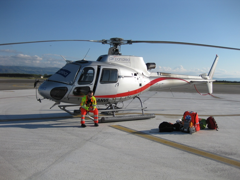 Elicottero E Ambulanza : Aviotrasporto dalla provincia di messina a milano con