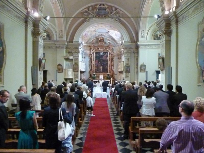 Matrimonio In Ambulanza : Viva gli sposi andrea e valentina in ambulanza